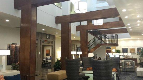 Hilton Knoxville: Lobby