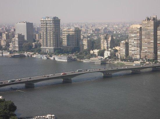 Grand Nile Tower: Panorámica de El Cairo y maravilloso río Nilo