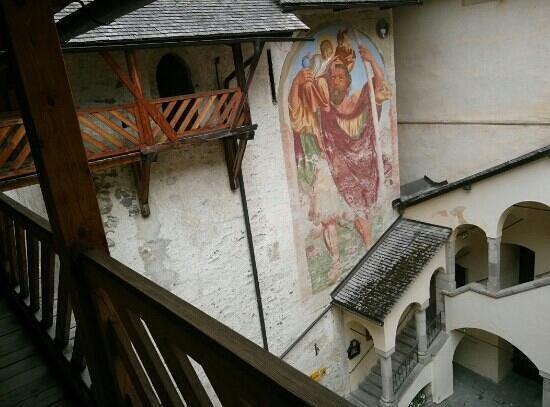 Mauterndorf, Österreich: Innenhof