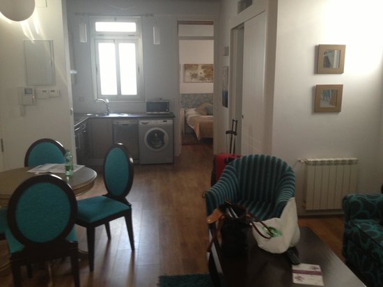 Castellar Singular Apartments: Appartement une chambre avec terrasse