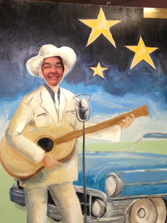 Hank Williams Museum: Reviewer in cutout