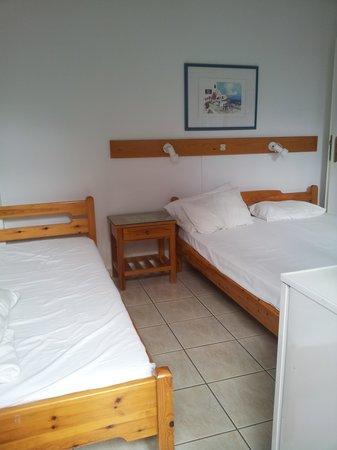 Hotel Eleftheria Parikia: chambre