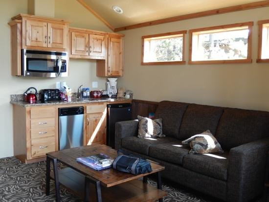 Explorer Cabins at Yellowstone: living room/kitchen
