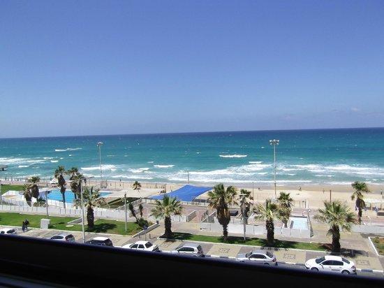 Leonardo Suite Tel-Aviv Bat-Yam: Blick auf den Strand