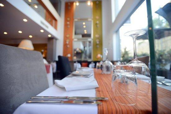 Lulu Restaurant : Our indoor seating