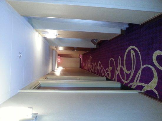 Renaissance New York Hotel 57: couloir 3 ème étage