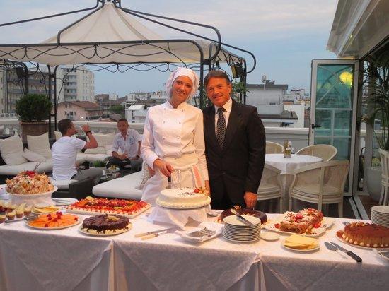 Hotel Italia Palace: Nachspeisenbüffet