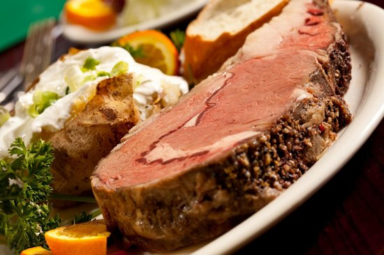 Quincys Steak & Spirits: Prime rib!