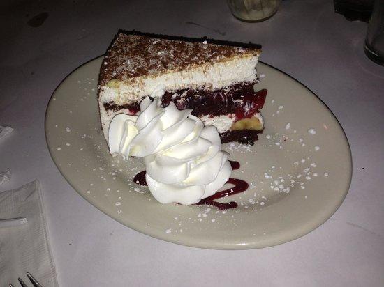 Stango's Restaurant: Dessert - PHENOMENALLY DELICIOUS