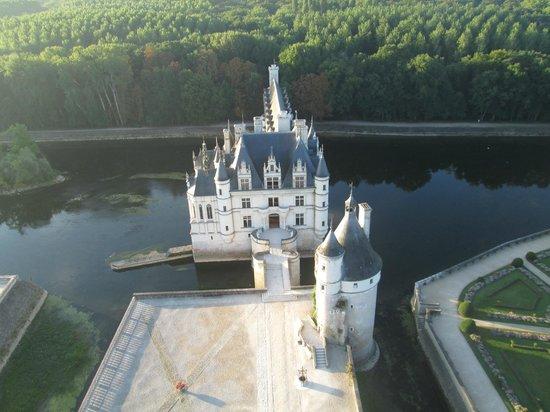 Ballon Plaisir : Arrivée, face au château de Chenonceaux