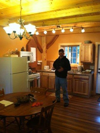 Robert Frost Mountain Cabins: Kitchen