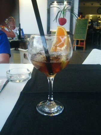 Wave: a very yummy long island iced tea !!