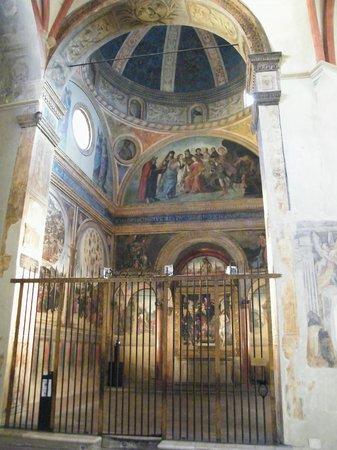 https://media-cdn.tripadvisor.com/media/photo-s/04/77/e5/c9/chiesa-di-san-giacomo.jpg