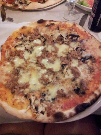 L'Insalata Ricca: pizza!
