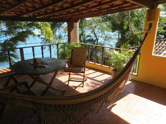 Sagu Mini Resort: Private veranda with hammock
