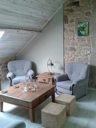Hotel Rústico Teixoeira: sala de estar