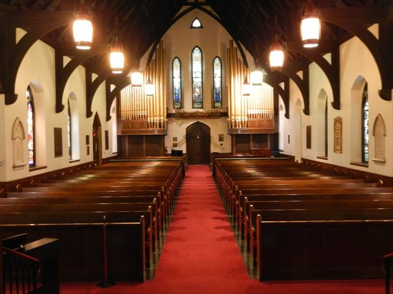 Emmanuel Episcopal Church: Sanctuary