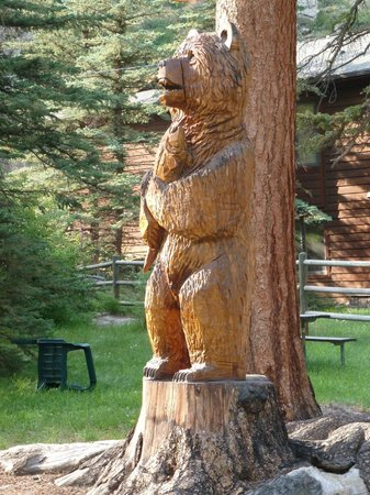 Idlewilde by the River: Bear Sculpture