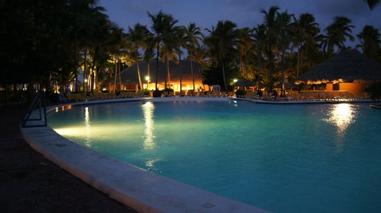 Catalonia Bavaro Beach, Casino & Golf Resort: Piscine2