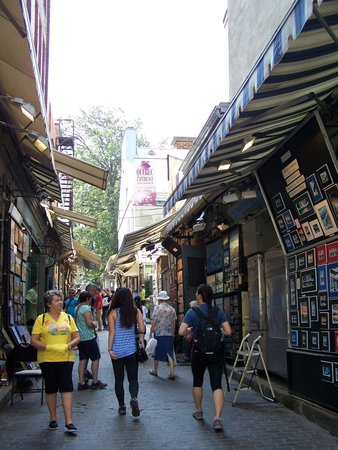 Rue du Tresor: La rue du Trésor