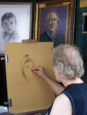 Rue du Tresor: DJardin, artiste-peintre et portraitiste