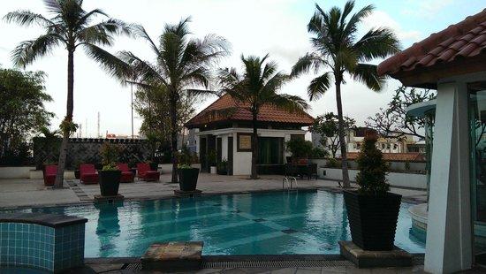 Mercure Jakarta Kota : Pool