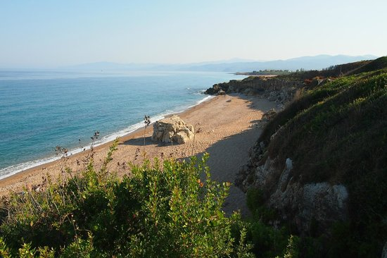 Apollo Resort Art Hotel : Пляж