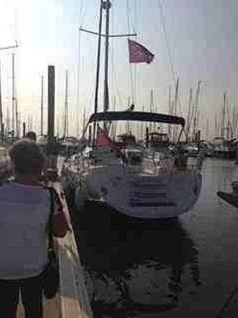 Escape Yachting - Day Sails: our beautiful vessel