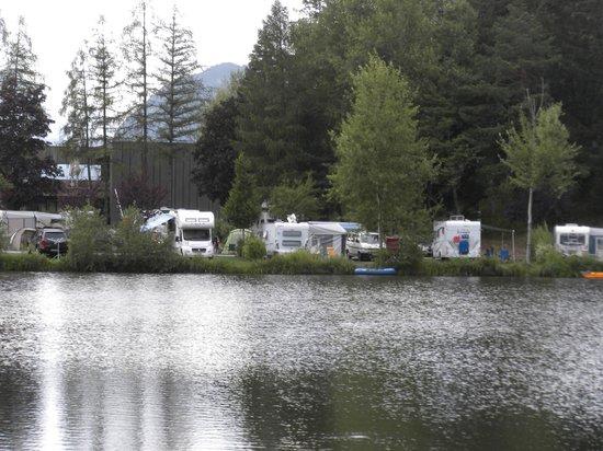 Ferienparadies Natterer See : Camping plots at the lakeside