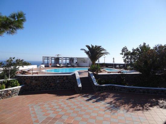 Anemomilos Hotel Apartments : Piscine