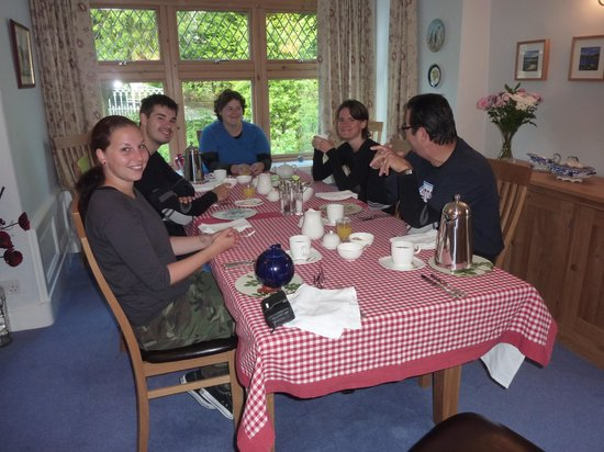 Rose Cottage & Coach House: breakfast