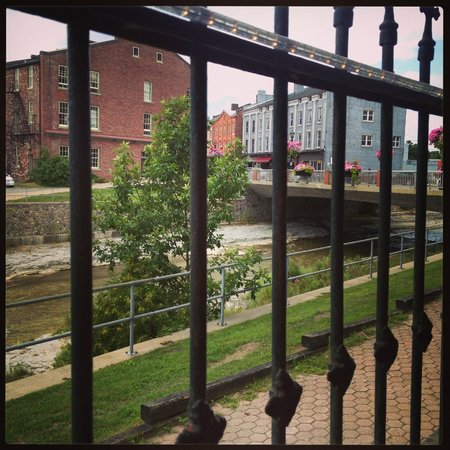 Plantation House Bed and Breakfast: View of Port Hope from The Waddell patio