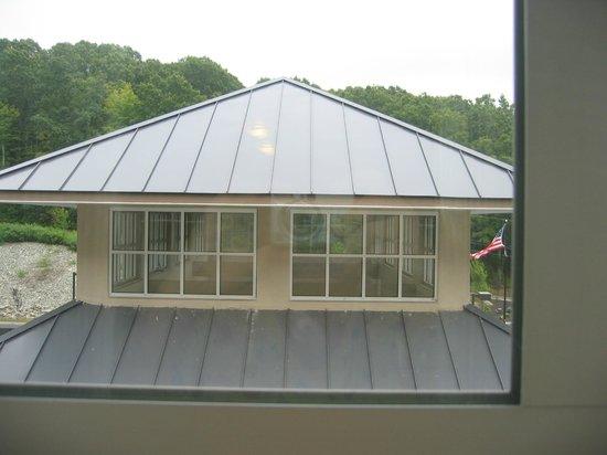 Hilton Garden Inn Preston Casino Area: Same Room Same View