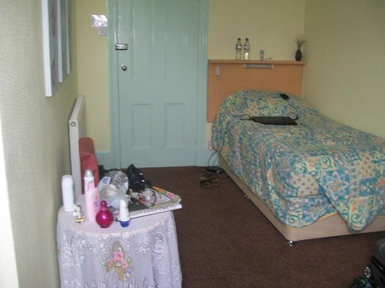 Cintra Bed and Breakfast: The single ensuite room