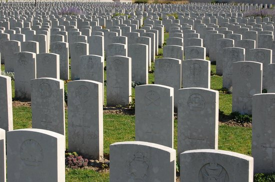 Etaples Military Cemetery : .