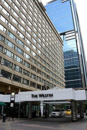 The Westin Calgary: Fachada principal