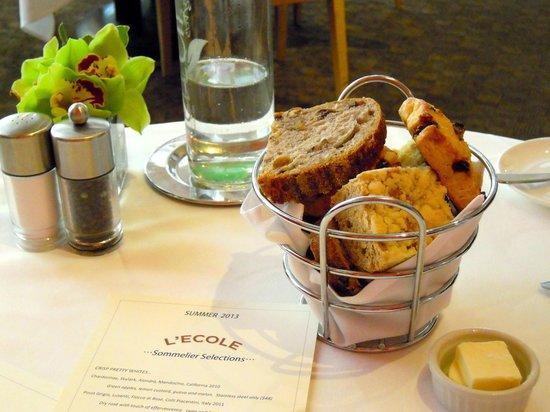 L'Ecole: bread basket