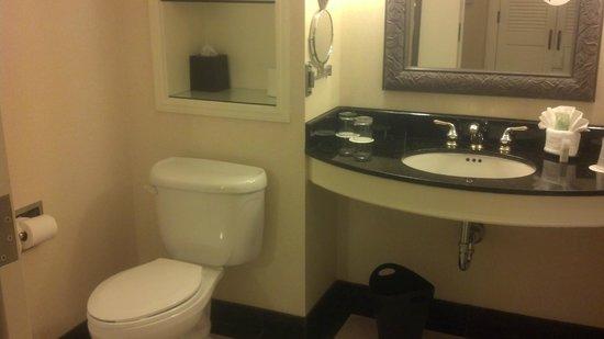 The Westin Stonebriar Hotel & Golf Club: Bathroom