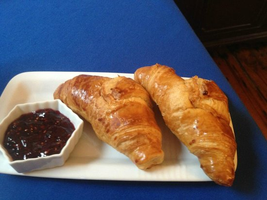 Federal House Inn: Home Made Croissant