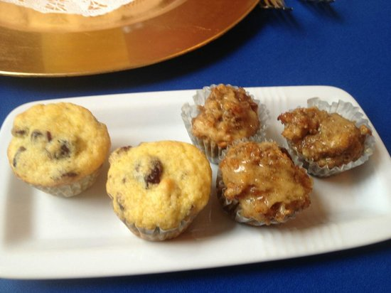Federal House Inn : Assorted Home Made Muffins