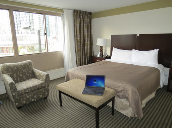 Best Western River North Hotel : Our room, laptop not included.