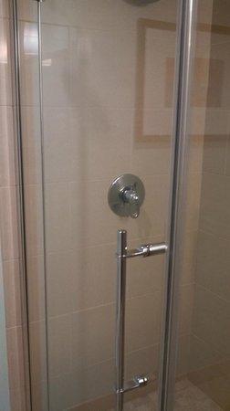 Hyatt House Salt Lake City/Sandy: Shower