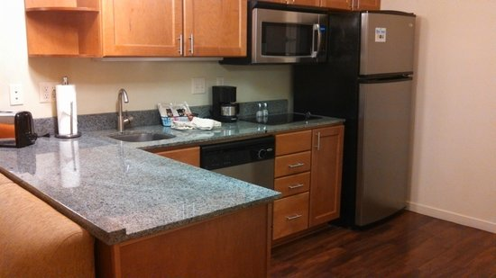 Hyatt House Salt Lake City/Sandy: Kitchen