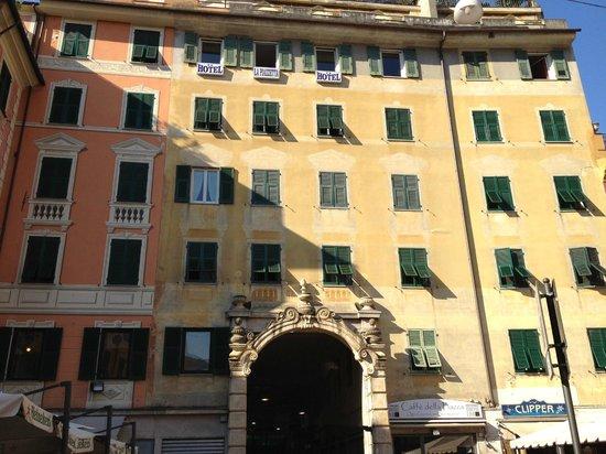 Hotel Albergo la Piazzetta on 5th floor.