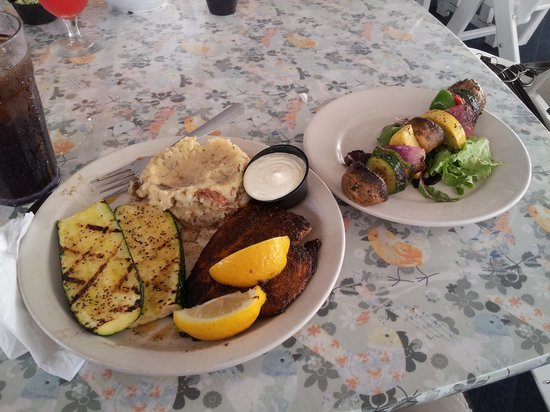 Tavern On the Bay: Fish Dinner