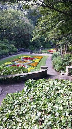 South Cliff Italian Gardens: Italian Sunken Gardens taken at the end of August 2013