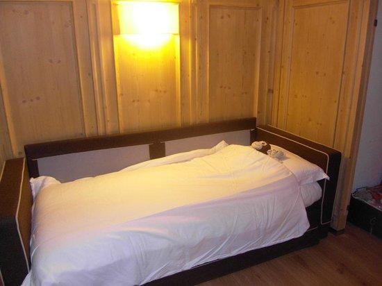 Hotel Crozzon: letto di mio figlio