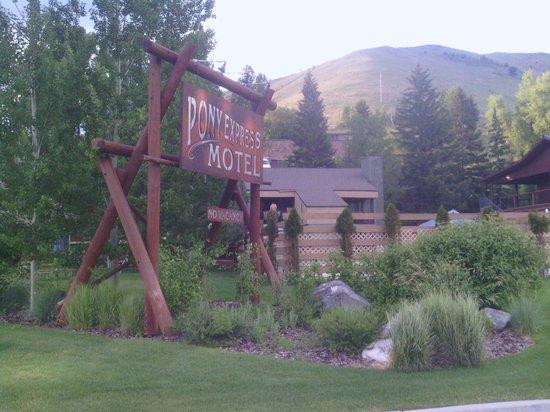 Pony Express Motel: Main Sign