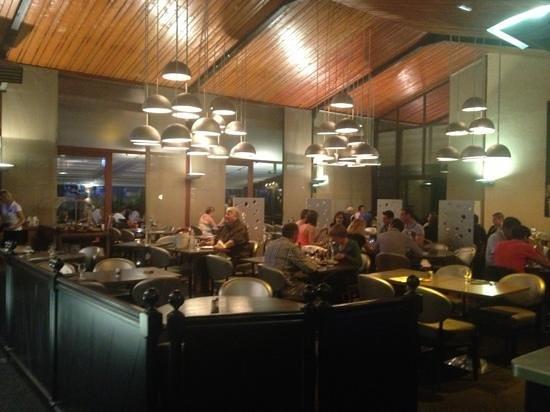 Bastide: salle de restaurant