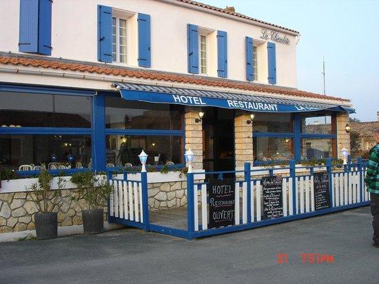 Hotel Restaurant La Chaudree : voorkant